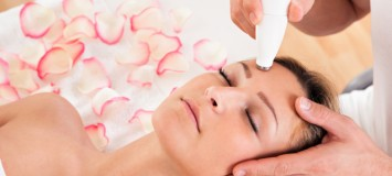 Master Esthetics students learn hands-on in a real laser spa environment